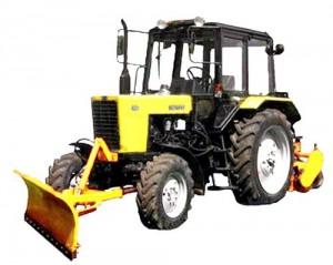 аренда трактора МТЗ с навесным оборудованием щетка
